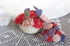 Biolagical dom robić mydlany kwiat i serce Zdjęcia Royalty Free