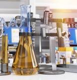 Biologisch chemisch van de laboratoriumwetenschap en technologie concept Stock Foto