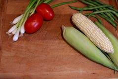 Biologisches Lebensmittel vom Garten stockfotos