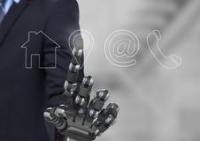 bionische hand die op de interface van het contactpictogram richten Stock Foto's
