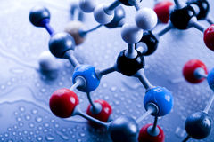 Bioquímica y átomo fotos de archivo