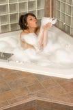 biorą kobiet potomstwa bąbli atrakcyjni kąpielowi wąwozy Zdjęcia Royalty Free