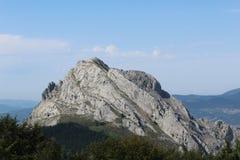 biosfär costa de del få naturlig natur för det just kilometerlasmarbella berg nieves kast för sten för solenoid spain för toppig  Arkivfoto