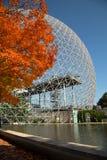 Biosfeer in Montreal tijdens dalingsseizoen royalty-vrije stock fotografie