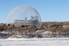 Biosfera in Parc Jean Drapeau, nell'inverno fotografie stock