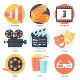 Biosymbolsuppsättning (megafon, biljetter, nedräkning, kamera, Clapperbräde, maskeringar, spole, popcorn och drink, exponeringsgl Arkivfoto