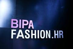 Bipa时尚 hr时装表演:罗伯特切断,萨格勒布,克罗地亚 免版税库存图片