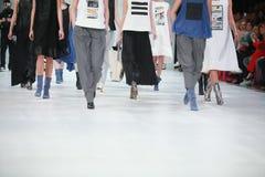 Bipa-Mode Stunden-Modeschau: Marina Design Stockfoto