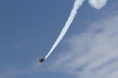 Biplan de Stewert Areobatic de saut Image stock