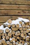 Birch fire wood at a wall of the house Royalty Free Stock Photos