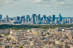 Bird& x27 άποψη ματιών του s της αμυντικής οικονομικής περιοχής Λα στο Παρίσι στοκ εικόνα με δικαίωμα ελεύθερης χρήσης