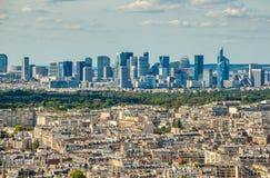 Bird& x27; opinión del ojo de s del distrito financiero de la defensa del La en París Imagen de archivo libre de regalías