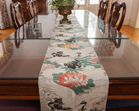 Bird print table cloth Stock Photography