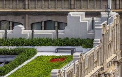 Free Bird&x27;s Eye Aerial View Of A Rooftop Garden On An Ornate Roof Of A Skyscraper In Midtown Manhattan New York Royalty Free Stock Images - 169828729