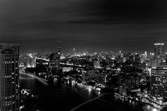 Birdeyeviewen av chaoprayafloden Arkivbild