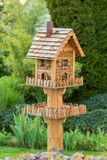 Birdfeeder caseiro Fotografia de Stock