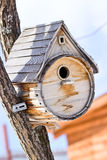 Birdhouse για τα πουλιά Στοκ Φωτογραφία