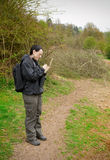 birdwatching anteckningsbokkvinna Royaltyfria Bilder
