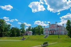 Birini slott latvia Arkivfoto