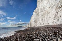 Birling Gap plaża i Siedem siostra bielu falez Zdjęcie Royalty Free