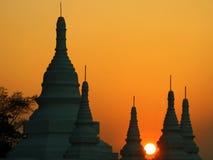 Birma. Sonnenuntergang bei Bagan Lizenzfreies Stockfoto
