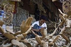 Birmaans Artisanaal de werkenhout royalty-vrije stock afbeelding