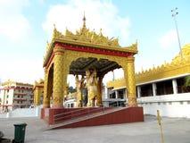 Birmaanse architectuur bij Globale pagode Royalty-vrije Stock Foto
