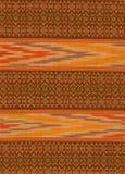Birmanische Baumwolle und silk Spinnen stockbild