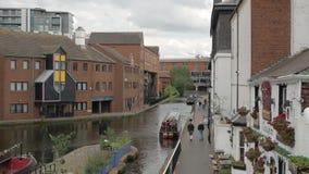 Birmingham, Anglia, Czerwiec 03 2019 Widok Birmingham kanał zbiory wideo