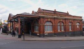Birmingham legt Straatpost, Engeland vast stock foto's