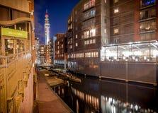 Birmingham-Stadt und -kanal lizenzfreie stockfotos