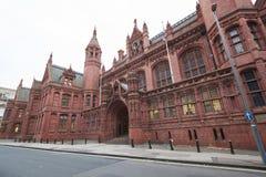 Birmingham UK - 6 November 2016: Yttersida av den Birmingham domstolen UK Fotografering för Bildbyråer