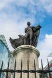 Birminghamm, R-U - 3 octobre 2017 : Statue de Lord Horatio Nelson au centre commercial d'anneau de Taureau Images libres de droits