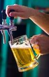 Birra alla spina Immagini Stock Libere da Diritti