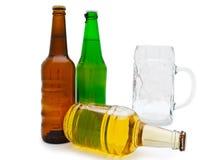 Birra con vetro Immagini Stock Libere da Diritti