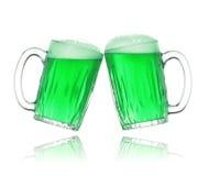 Birra di verde di giorno della st Patrick Fotografia Stock