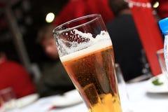 Birra inglese chiara Immagine Stock