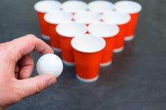 Birra Pong Gioco popolare ai partiti Posto per il vostro testo Immagine Stock