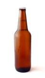 Birra raffreddata fredda in bottiglia marrone Immagine Stock