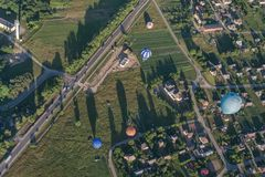 Birstonas - uma estância turística em Lituânia, opinião da altura imagem de stock