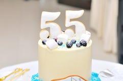 birthday cake candles illustration vector Στοκ φωτογραφία με δικαίωμα ελεύθερης χρήσης