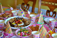 Birthday party table. For a girl Royalty Free Stock Photos