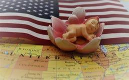 Birtright av USA-medborgarskap via födelse vid USA-konstitutionartikel 14 royaltyfri bild
