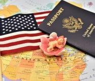 Birtright av USA-medborgarskap via födelse vid USA-konstitutionartikel 14 royaltyfria bilder