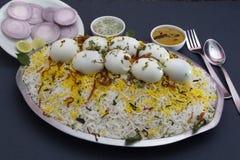 Biryani enorme dell'uovo del pacchetto della famiglia Fotografia Stock Libera da Diritti
