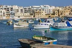 Birzebbuga, Μάλτα Ένα μεσογειακό λιμάνι με τα αλιευτικά σκάφη στοκ εικόνες