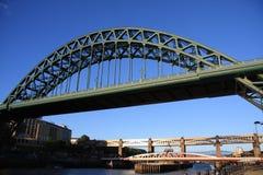 Bis zur Brücke Stockfotos
