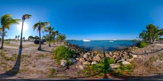 360 Biscayn equirectangular全景迈阿密Haulover公园视图  库存照片