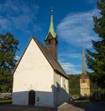 Bischofshofen, Pongau, Salzburger ziemia, Austria, typowy Austriacki mały kościół zdjęcia royalty free