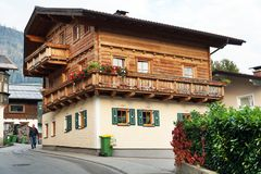 BISCHOFSHOFEN, AUSTRIA, EUROPE - 15 OCTOBER 2018: Arhitectural detail in the center of the town. royalty free stock photos